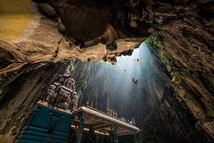 amazing-caves-3-1__880